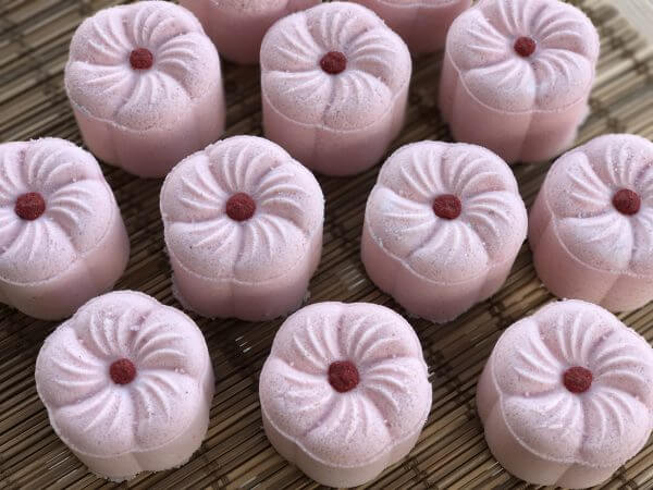 Madelyn's Rose Fizzy Bath Bomb Top Shot